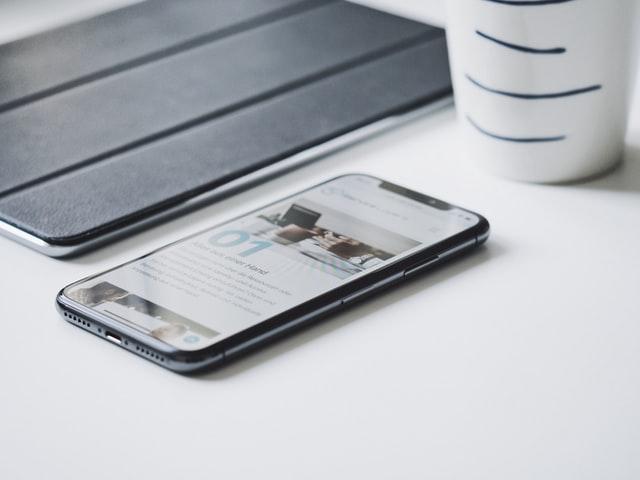Samodzielna naprawa iPhone – czy to dobry pomysł?